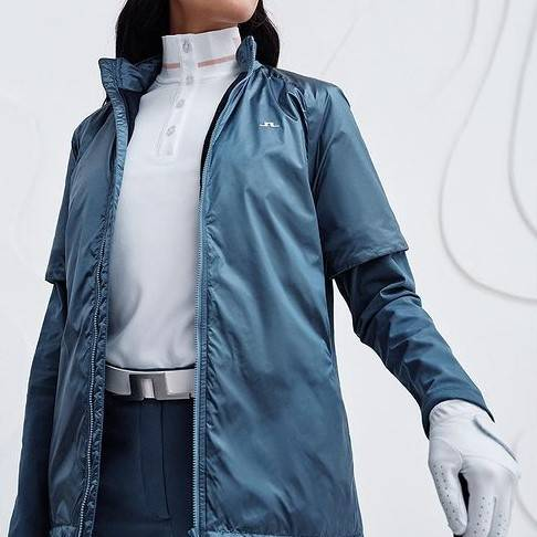 Obrázok ku produktu Dámske oblečenie